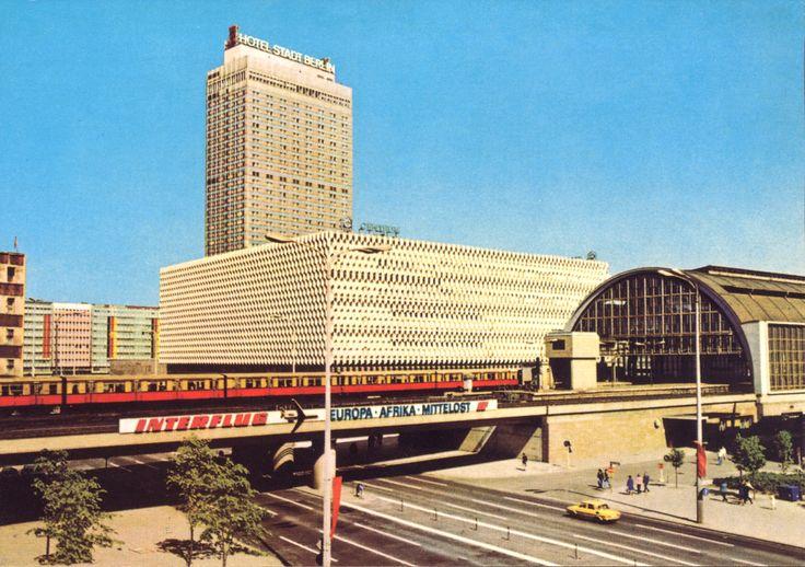 S-Bahnhof Alexanderplatz, Centrum-Warenhaus, Interhotel Stadt Berlin in 1979