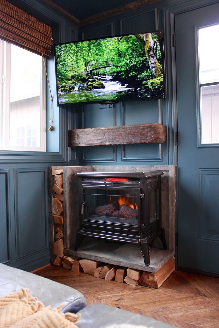Wood stove surround ideas - Love The Wood Storage And Mini Mantel Urban Craftsman Tiny House Swoon