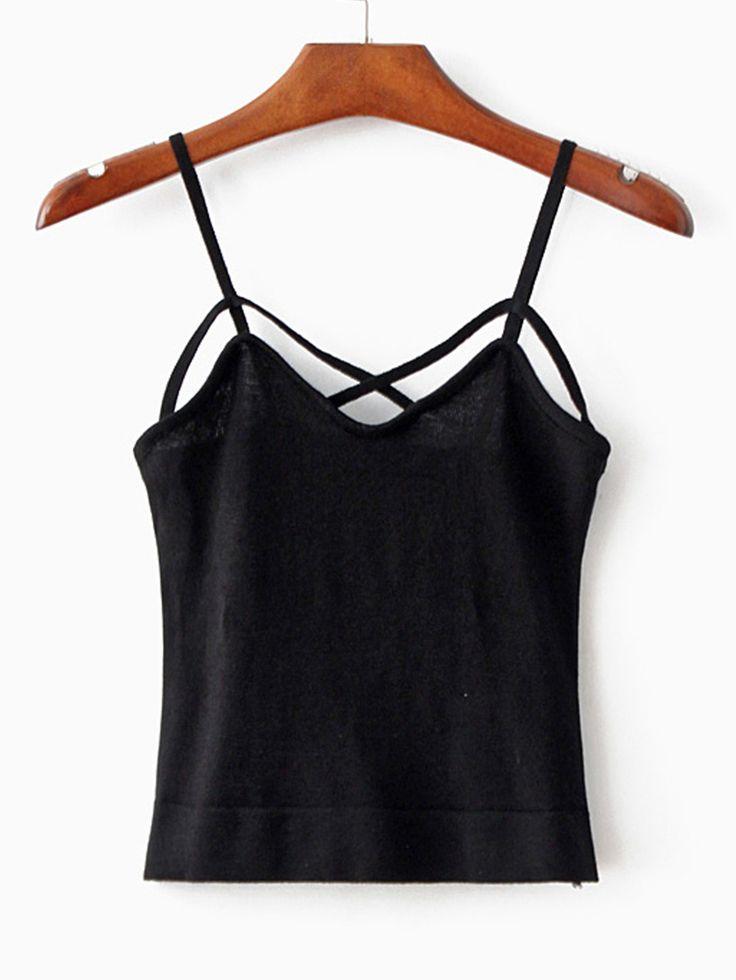 Negozio Spaghetti top basic nero on-line. SheIn offre Spaghetti top basic nero & di più per soddisfare le vostre esigenze di moda.