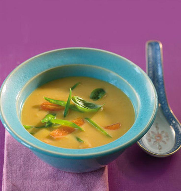 Rezept für Süßkartoffel-Kokossuppe bei Essen und Trinken. Ein Rezept für 4 Personen. Und weitere Rezepte in den Kategorien Gemüse, Gewürze, Vorspeise, Hauptspeise, Suppen / Eintöpfe, Einfach, Kalorienarm / leicht, Schnell.