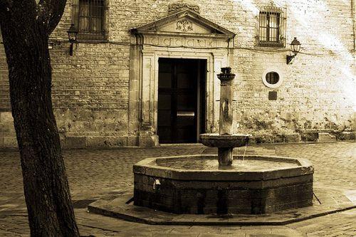 Plaza de San Felip Neri, Barcelona.