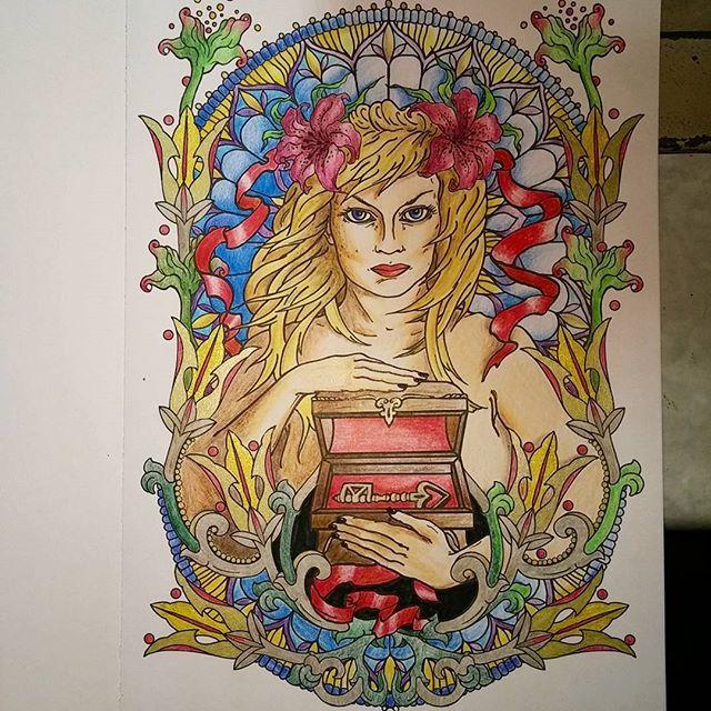Zapraszam do dodawania swoich prac z #beascolorartist // #the13thsign #straznicynocy #strażnicynocy #nocnekolorowanie #skończone #sztukakolorowania @sztuka_kolorowania #kochamkolorować #gold #inspiration #followme #likeforlike #like4like #relax #kolorowankadladorosłych #kolorowankidladorosłych #colorbook #adultcoloringbook #lovecolors #staindglass #gotic #key #art #coloring #chill