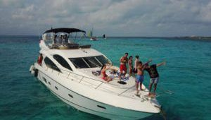 Playa del Carmen is heaven for Bachelorette Parties.  One of the best perks of planning your bachelorette party in Playa del Carmen is that the beach town's downtown area is predominantly. For more information visit here. http://www.playayachting.com/
