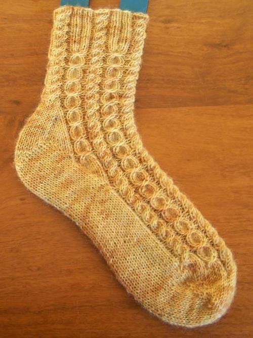 Free Knitting Patterns For Socks With Toes : 17 Best images about Knitted Socks on Pinterest Free ...