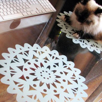 """Виниловая салфетка """"от бабушки"""" Прекрасно выглядит, когда клеется на стеклянный стол  http://33dodo.ru/goods.php?id=661"""