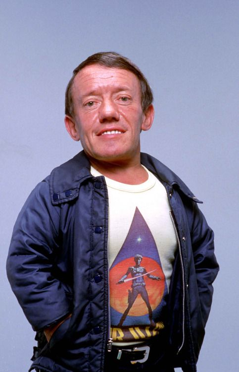Happy birthday, Kenny Baker! The legendary actor behind R2-D2...