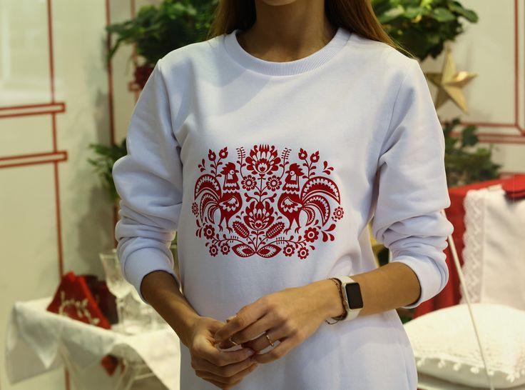 2 красных петуха на белом в технике шелкография, streetstyle, свитшот, новогодний подарок, год петуха, символ 2017, НГ 2017