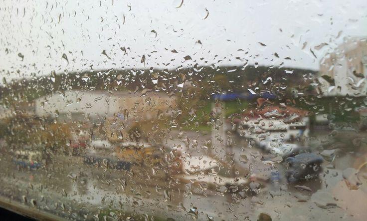 Camdaki #yağmur damlaları