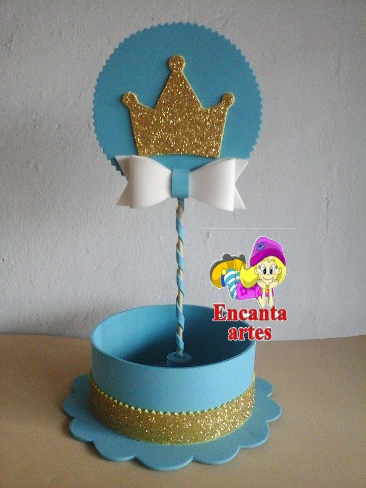 Centro de mesa realeza (menino)  todo feito em e.v.a com tag no palitinho com coroa dourada.Fazemos em outras cores tbm.  Pode ser usado para chá de bebê ou aniversário de 1 aninho