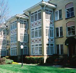 Best 16 Apartments ideas on Pinterest | Bedroom apartment, Loft and ...