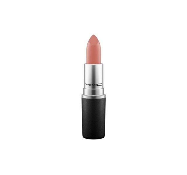 Formulated to shade, define and showcase the lips. Hundreds of hues, high-fashion textures. The iconic product that made M·A·C famous.