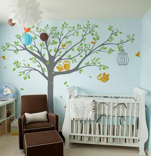 Wall decals are a great way to add some fun and personality into a gender neutral nursery, like this woodland scene from @popdecors! #PNpartner