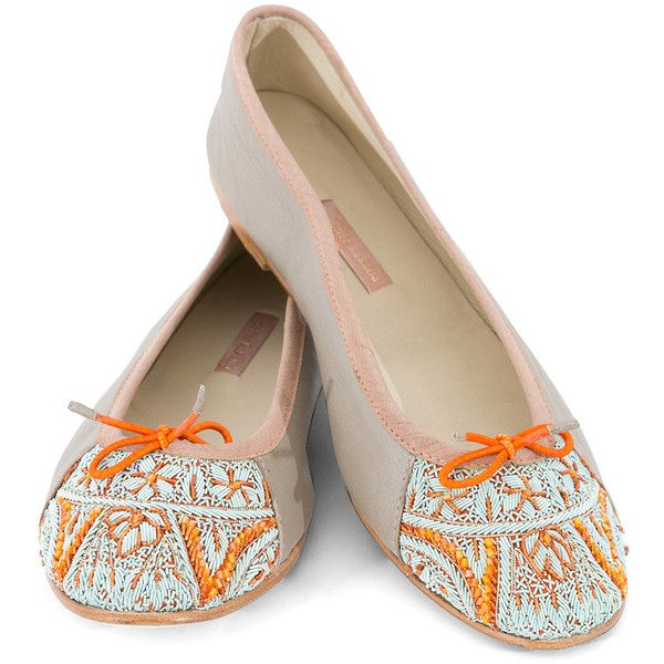 Meher Kakalia Bizi Silver Ballet Flats With Orange And Blue Embroidery (62.230 HUF) ❤ liked on Polyvore featuring shoes, flats, silver, ballet shoes, embroidered flats, blue ballet flats, ballerina pumps and ballet flats