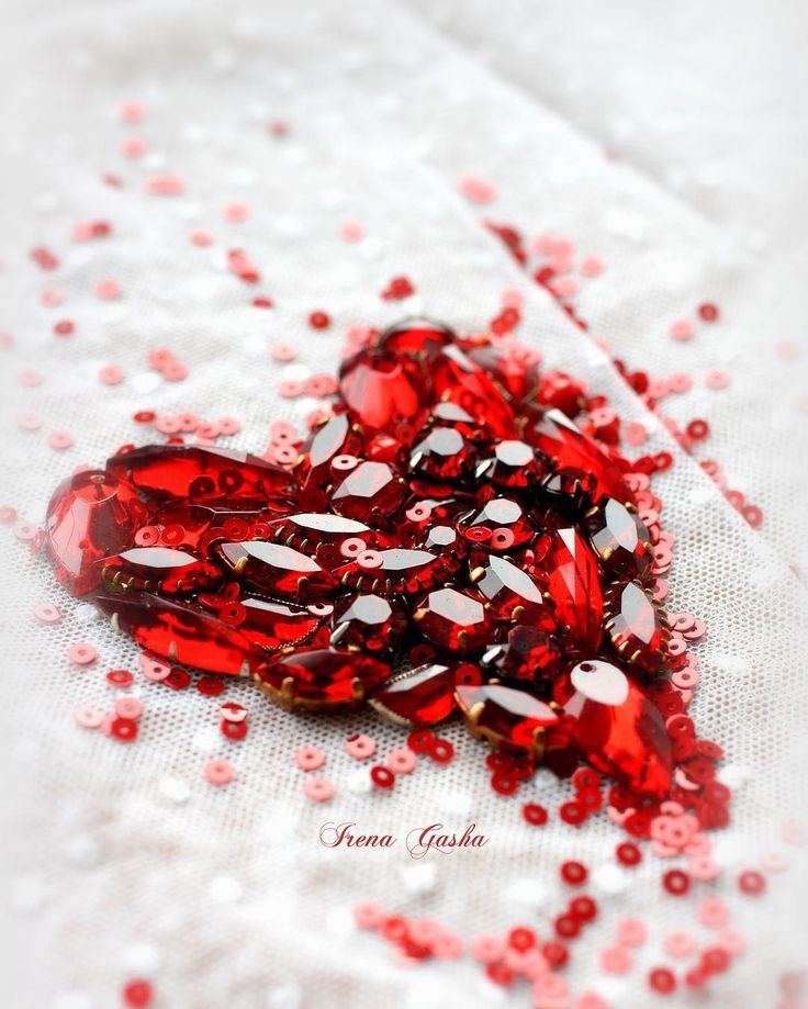 ❤️Love is all around! ❤️С днём влюблённых всех! ❤️❤️#happyvalentinesday #valentineday #love #kiss #heart #irenagasha