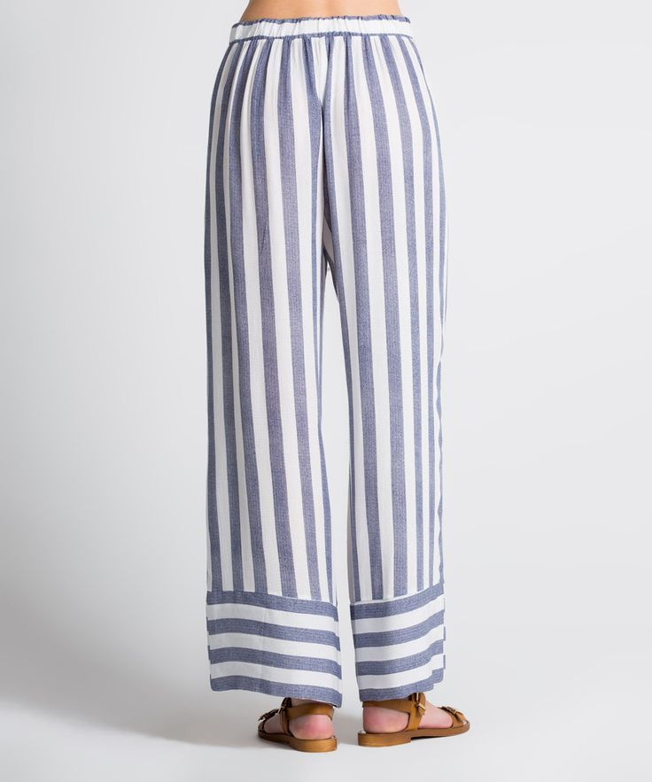 These trendy pure cotton palazzo pants are a bold addition to your luxurious ensemble.