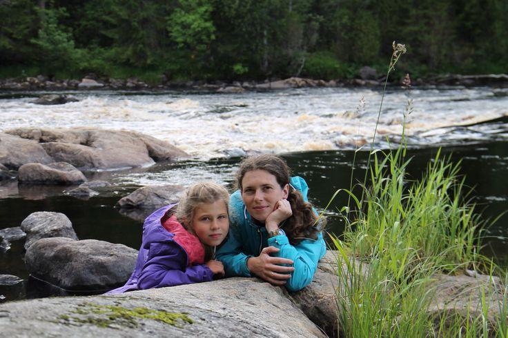 С дочей на берегу Карельского порога! #Карелия #семья #доча #путешествие