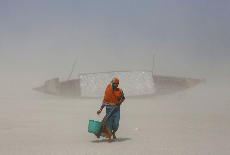 Trinkwasserbeschaffung in Gauhati, Indien: Im Zuge des Klimawandels würden vermutlich mehr Menschen von Wasserknappheit betroffen, mahnt der Uno-Klimarat.