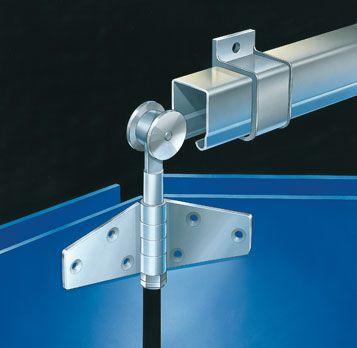 P C Henderson 305 Tangent Folding | Tangent Folding is geschikt voor garages, magazijnen en of fabrieken. Het systeem kan aan de zijstijl wordenafgehangen in de opening of wegvouwend achter een penant.
