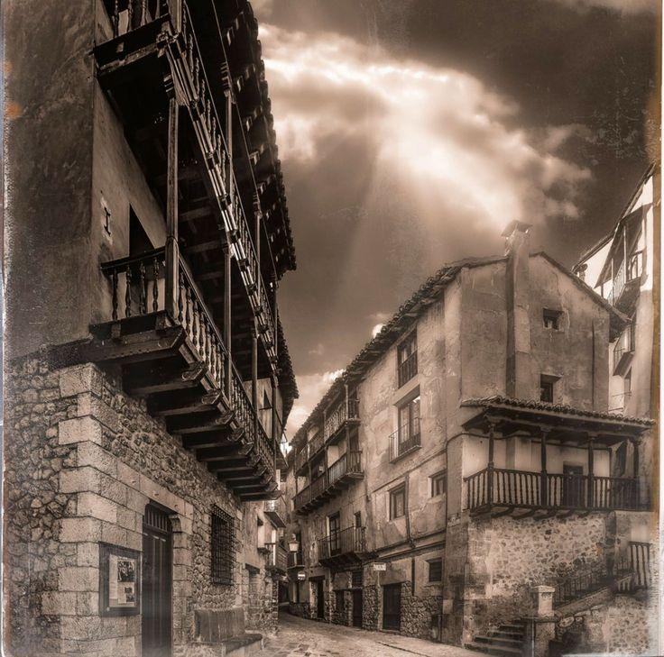 Albarracín by Jose Luis Mieza on 500px