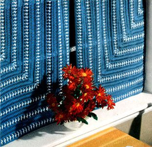 NEW! Hairpin Lace Cafe Curtains pattern from Coats & Clark's O.N.T., Book No. 303.