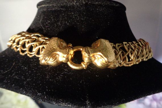 "Vintage 14 kt Gold Chain Necklace 18"" Long ""Made in Italy"" The clasp is a Toggle with a Lion's Head on each side"