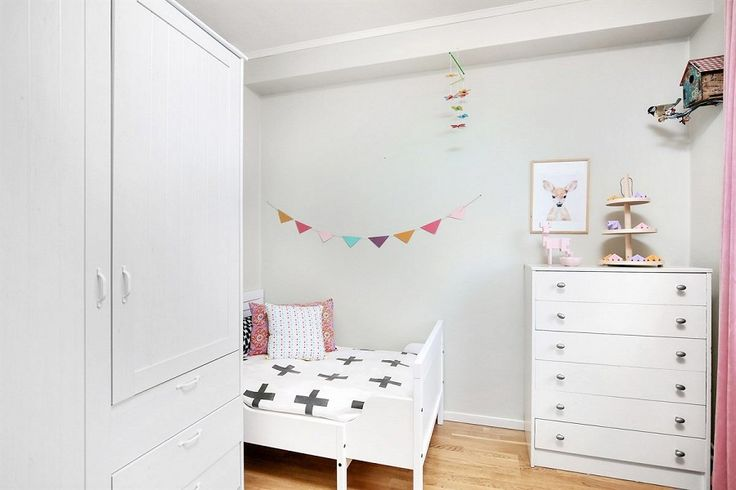 Girls bedroom styling