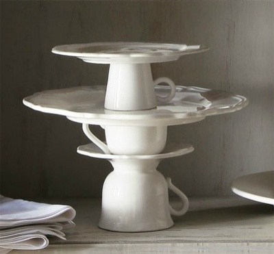 cups cake stand