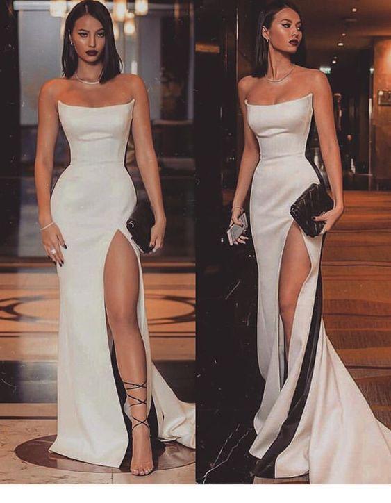 Langes weißes Kleid für besondere Anlässe von M…