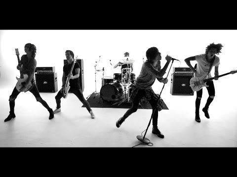 Asking Alexandria - The Black (Official Music Video) fucking shit, kill me now!! I am so excited for this new album!!!