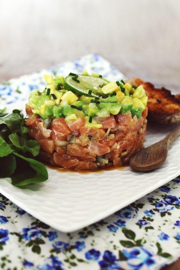 Tartar de salmão com abacate