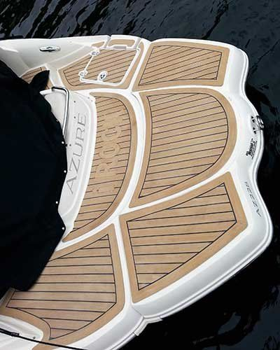 Selecting boat deck alternatives boating how tos for Alternative to decking