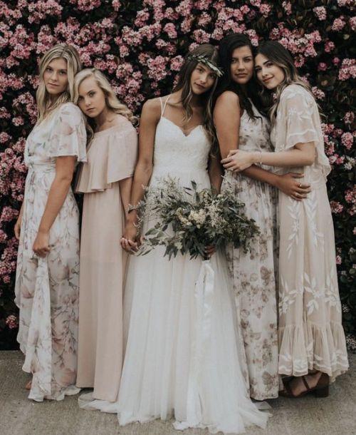 Gown invitée mariage automnal pour les demoiselles d'honneur