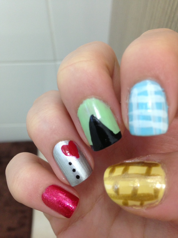 22 best Wizard of Oz Nail Art images on Pinterest | Wizard of oz ...