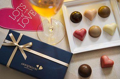 アニヴェルセルのバレンタイン限定チョコレート - ハート型のクッキーやボンボンショコラなど