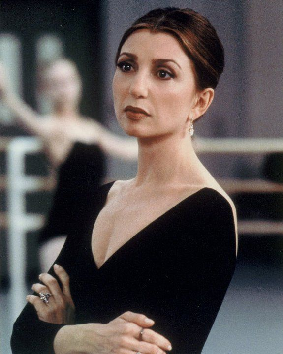 Donna Murphy in Center Stage!