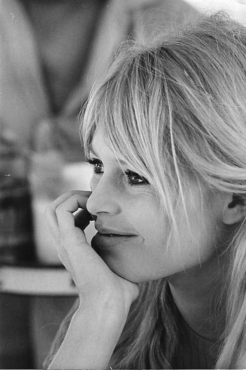 "Brigitte Bardot""....."