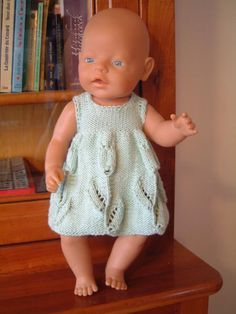 """J'ai trouvé un très joli point sur un modèle de pull publié dans un """"Marianne idées"""". J'ai tricoté le pull pour Lison, j'aimerais bien le montrer mais je ne fais pas ce que je veux avec mon appareil photo. J'ai pris tellement de plaisir à tricoter ce..."""