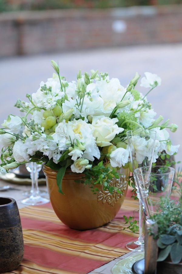 17 best ideas about tuscan centerpiece on pinterest tuscan wedding herb centerpieces and - Terras arrangement ...