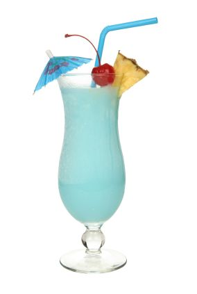 Blue lagoon cocktail rezept  Best 25 swimming pool cocktail rezept ideas on pinterest