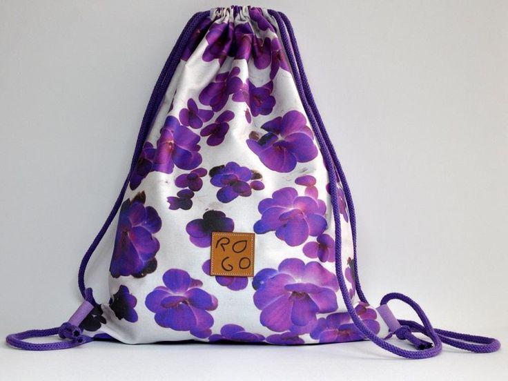 Plecak-worek, fioletowe kwiaty w ROGOfashion na DaWanda.com