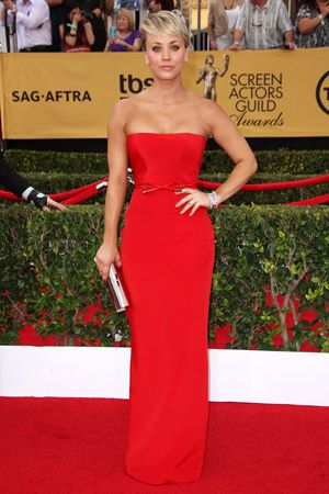 ケイリー・クオコ 存在感を演出する勝負服は「赤」で決まり。