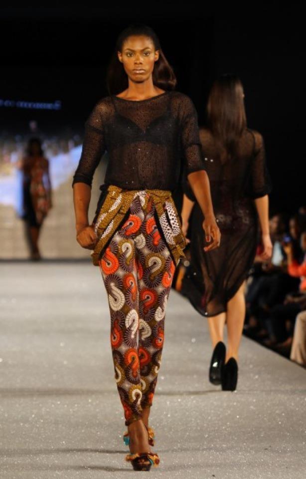Vlisco Fabrics: Abs Fashion Fabrics, Prints Hoopla, Bold Prints, Vlisco Fabrics, Africans Inspiration, Brown Amfw2012, Christy Brown, Africans Prints