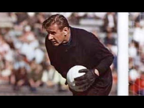 Lev Yashin, the Black Spider [Best Saves] - YouTube