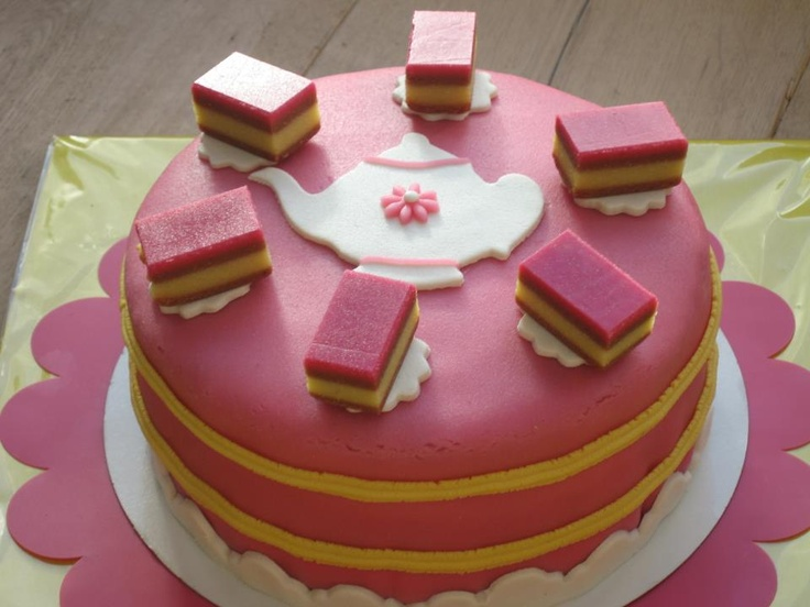 Tompouce pie/cake