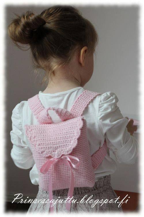 Luty Artes Crochet: Mochilinha de crochê com pap.