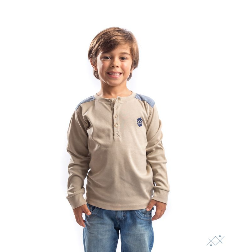 """Shoulder pads and open path on blue suede…a """"must have"""" to your child.   Ocean Stitch - small details proudly made in Portugal"""
