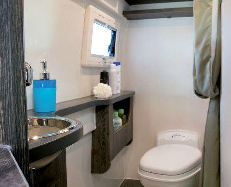Salle d'eau spacieuse avec douche & WC