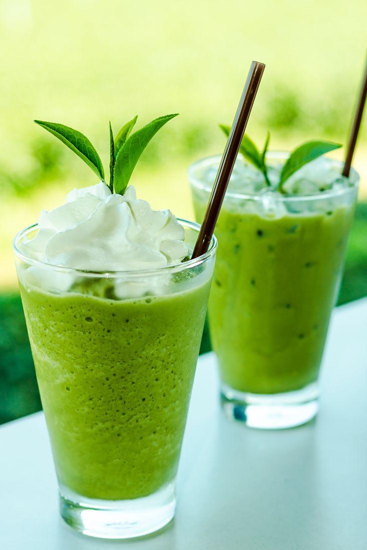 Un breuvage rafraîchissant et givré – avec une dose étonnante de thé vert santé. Quoi demander de plus ?