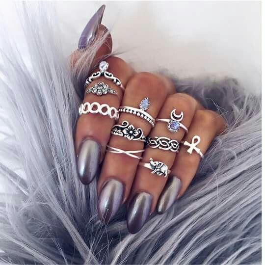 Boho rings  ≫∙∙boho jewellery ∙∙≪     •Bohemian / Summer Fashion Style Inspiration / Rings  / Beach Babes /PhotoshootConcepts / Fashion / LittleBlueBow /  Photography / finger jewels / Summer / Boho / Gyspy / Gems / Gypsy #Gypsy  #Ideas •   For More Follow Me On:  [facebook url]:  /littlemissalicks [instagram]: alickss_lou [snapchat]: aalicks  [tumblr]: aalicks  [twitter]: aalicks_louisew  [profile:] https://www.starnow.com/alickswoollett1992   Image Credits:       vv @ almacruz15