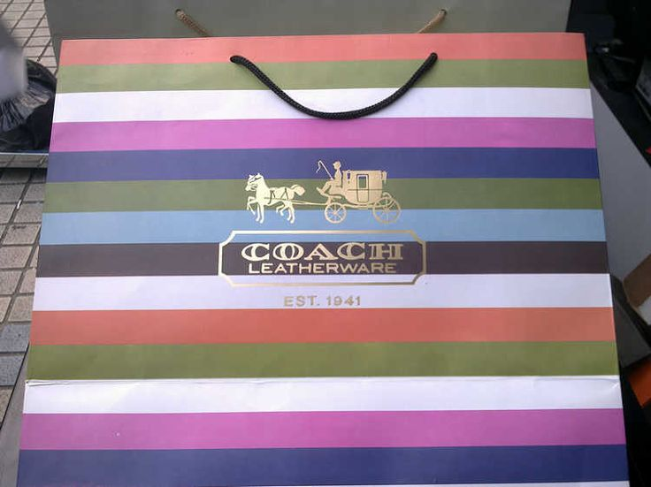 I have always loved this coach shopping bag colour palette...